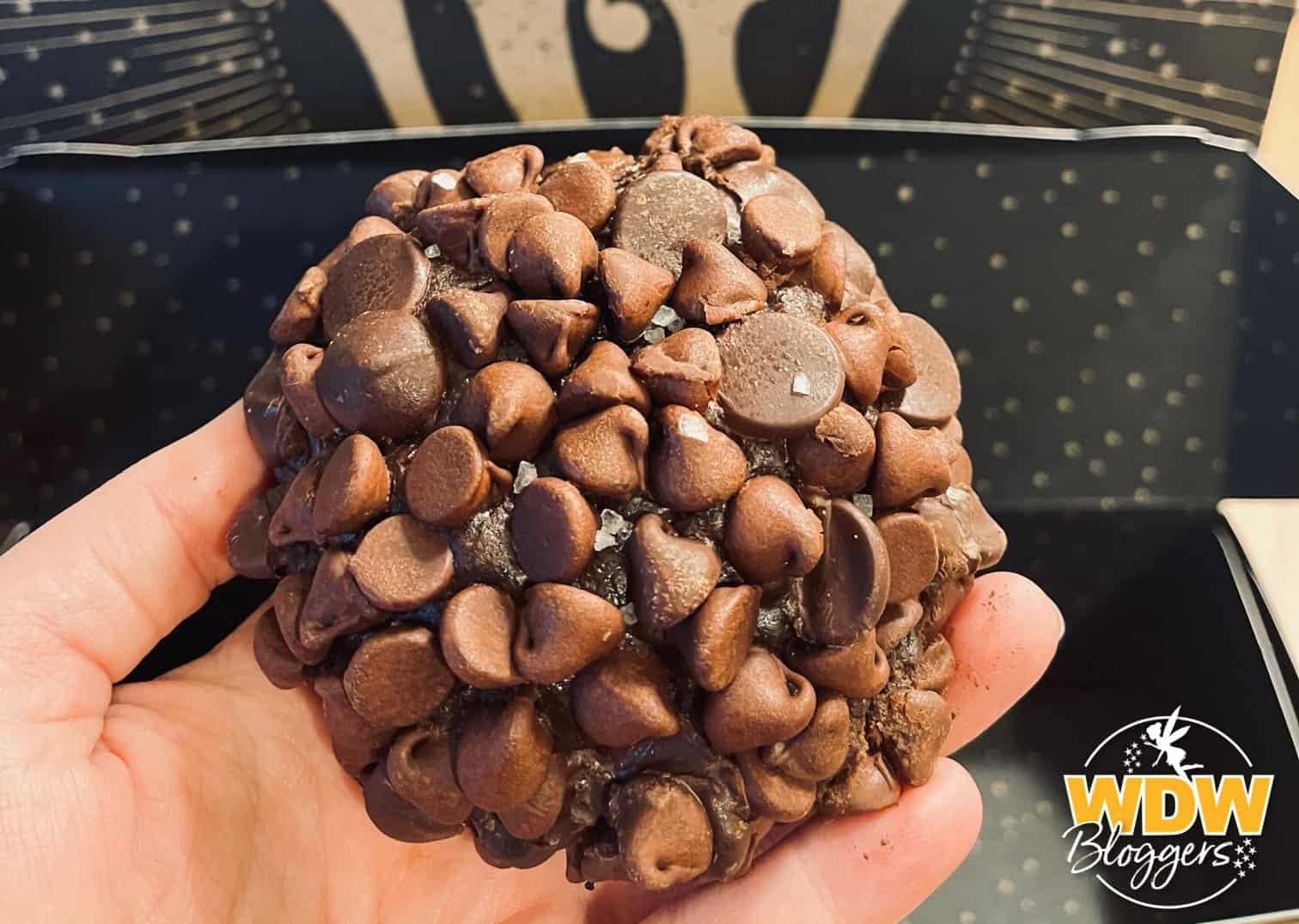 Gideons-Bakehouse-Disney-Springs-Triple-Chocolate-Cookie