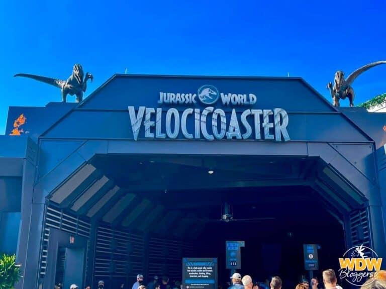 Jurassic-World-VelociCoaster-Sign