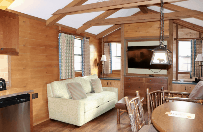 Fort-Wilderness-Living-Room-Space